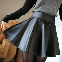 Black Garter Waist Hip Pleated Leather Skater Skirt