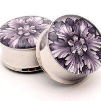 Filigree STYLE 2F Picture Plugs gauges - 16g, 14g, 12g, 10g, 8g, 6g, 4g, 2g, 0g, 00g, 7/16, 1/2, 9/16, 5/8, 3/4, 7/8, 1 inch