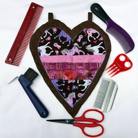 Heart-Shaped Scissors and Combs Keeper with Equine Grooming Tools, Gift for Horse Lover