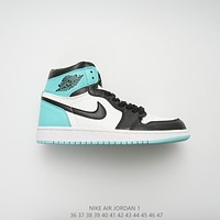 Air Jordan 1 Retro High OG Igloo