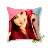 Ariana Grande, Square Pillow Cover