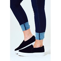 Wrong Way Platform Sneaker: Black/White