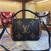 2020 New Office LV Louis Vuitton M53913 24.0 x 24.0 x 14.0 cm Women BABYLONE CHAIN Leather Monogram Handbag Neverfull Bags shopping bag Tote Shoulder Bag Wallet Purse   Bumbag Discount Cheap Bags Best Quality