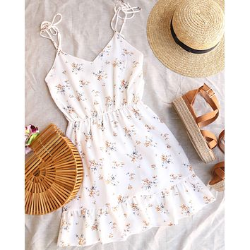 Everly - Jess Floral Printed Self Tie Strappy Mini Dress in Ivory