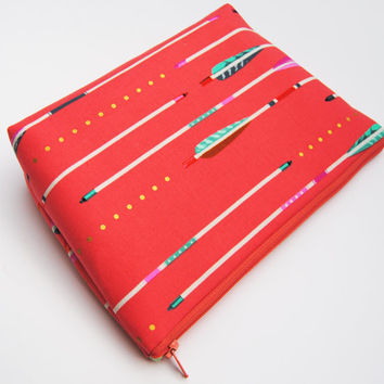 ARROW MAKEUP BAG , coral zipper pouch, peach cosmetic bag, trendy makeup bag, toiletry bag, project keeper,  travel tote