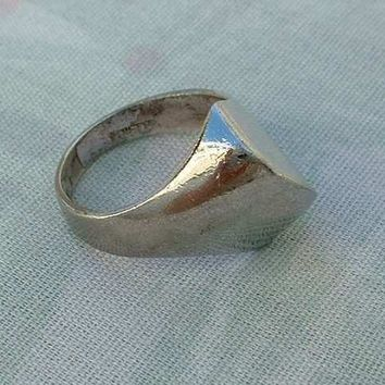 Panetta Sterling Silver Retro Design Ring Size 6.75 Vintage Jewelry