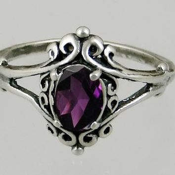 A Gorgeous Victorian Sterling Silver Ring Featuring a Beautiful Faceted Amethyst Gemstone