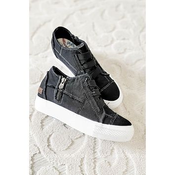 Mamba Canvas Sneakers | Washed Black