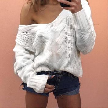 Sexy White Knit Sweaters And Pullovers Women 2017 Cable Casual Loose Autumn Winter V Neck Warm Twist Knitwear Outwear Pullovers