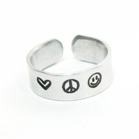 Love peace happiness ring - Heart peace sign smiley face ring - Message ring - peacenik ring - Stamped jewelry