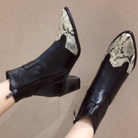 New fashionable serpentine boots with thick heels and pointed toes