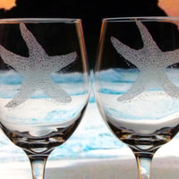 Starfish wine goblets ,hand engraved beach glasses , wine glasses , beach wedding , gift ideas , beach decor