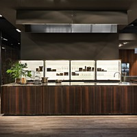 Fitted kitchen with island without handles W75 Collection by ROSSANA RB | design Massimo Castagna