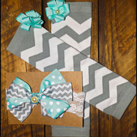 """Baby Leg Warmer and Lace Headband Set In Gray Chevron For baby Girls """"She's A Sweetie Pie"""""""