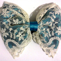 teal or light pink and lace bow