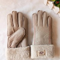 Tiktoki1 UGG Winter Woman Men Keep Warm Fur Gloves