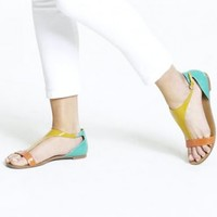 Flat colorful sandals for women