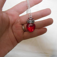 Once upon a time wonderland Red Queen Necklace Queen of Hearts Disney