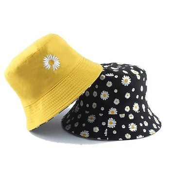 Summer Daisies Bucket Hat Women Fashion Cotton Beach Sun Hats Reversible Bob chapeau Femme Floral Panama Hat Fisherman Hat