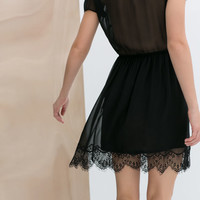 DRESS WITH LACE HEM