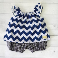 Chevron Baby set clothes, Navy chevron baby top and black and white checkered bloomer, baby girl clothes