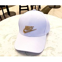 NIKE 2019 new men and women models three-dimensional gold silk embroidery outdoor sports baseball cap white