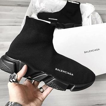 Balenciaga hot-selling socks and shoes fashion men's women's personalized socks and shoes