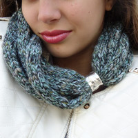 Mint  scarf, Scarf in soft wheat, Hand knitt warmer, scarf necklace, Mint cowl. Gift for her. Cristmas gift.