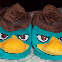 Disney Phineas and Ferb Fuzzy Hat Slippers Men's Size XL 12-13 NWT Last One