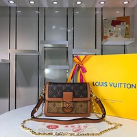 LV Louis Vuitton MONOGRAM CANVAS SMALL DAUPHINE INCLINED SHOULDER BAG