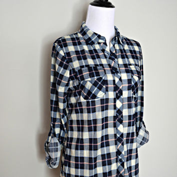 """Country Backwoods"" Plaid Flannel Top - Navy/Pink"