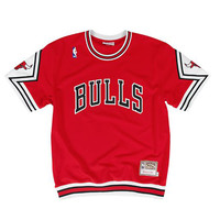 Chicago Bulls Authentic Shooting Shirt in Red