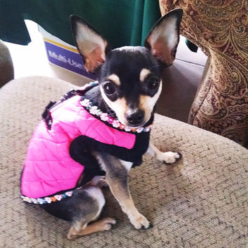 Dog coat harness. Warm Pink Dog Harness Coat  X small with d-ring and zipper easy on.  Tiny yorkie chihuahua clothes tea cup puppy
