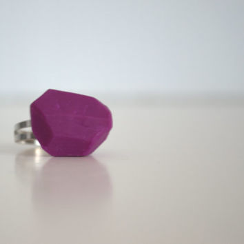 Geometric purple ring