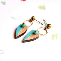 Small Leaf Stud Earring in Turquoise Blue and Bronze made of Wood with Hive - Leaves - Woody collection