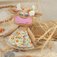 Collectible handmade scented fabric soft toy cow for children