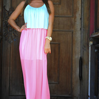 Going To Back To Maxi Dress: Blue/Pink   Hope's