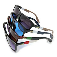 "LACOSTE  ""WAYFARER"" Sunglasses - SALE(With Thanksgiving&Christmas Gift Box)"