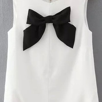 White Round Neck Bow Detailed Tank Top