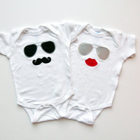Twins Baby Onesuit Gift Set Mustache Sunglasses and Lips Diva and Dude