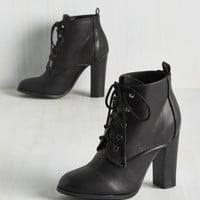 Romp to Victorian Bootie in Black | Mod Retro Vintage Boots | ModCloth.com