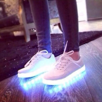 New Unisex LED Light Shoelace Up Casual Sportswear Luminous Sneaker  Shoes