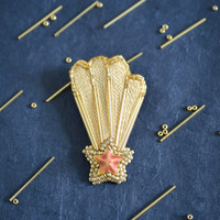 Falling Star - golden bead with light pink star hair clip
