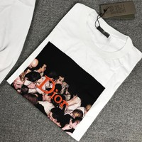 Dior has a boxed man T-shirt on its chest B-MG-FSSH White Print