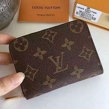 Louis Vuitton LV fashion men's and women's printed letter flip small wallet Bag