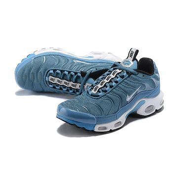 NIKE AIR MAX PLUS Trendy running shoes