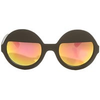 The On Yai Sunglasses in Black