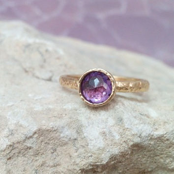 SALE! Small purple ring,bezel ring,tiny amethyst ring,birthstone ring,gold ring, gemstone ring,delicate texture ring