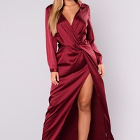 Meet In The Middle Satin Dress - Burgundy
