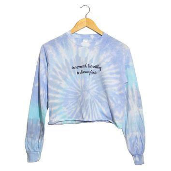 Introverted, But Willing to Discuss Plants Blue Tie-Dye Graphic Long Sleeve Cropped Unisex Tee